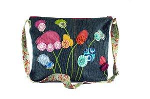 Bolsa Artesanal Feminina Calça Jeans Reciclada Exclusiva - Flores ao Vento