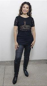 Camiseta Mulheres que Vencem strass dourado