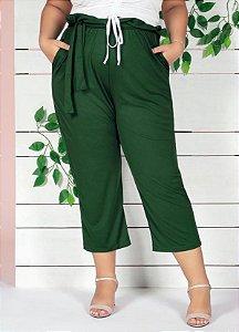 Calça Clochard Capri Verde Com Bolsos Plus Size