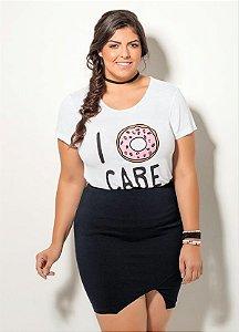 T-Shirt Branca com Estampa e Aplicação