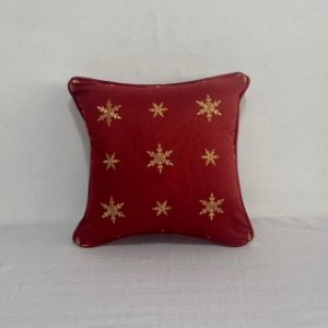 Capa Para Almofada Vermelha Bordada Snow Dourado