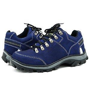 Tênis Adventure para trilha em couro na cor azul