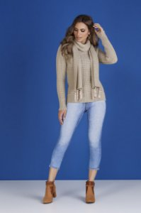 Blusa Tricot com Cachecol