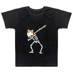 Camiseta Juvenil Look Jeans Esqueleto Preta