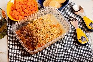Estrogonofinho de carne, com arroz integral a grega e creme de batata inglesa - Big Serelepe