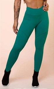 Calça legging verde com recortes básica
