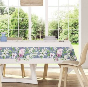 Toalha de Mesa Quadrada 140 x 140cm Antiformiga Flora Karsten