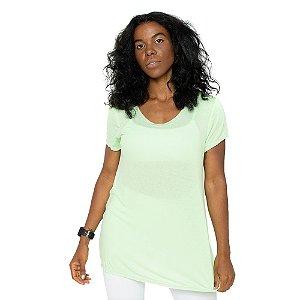 Camiseta Paradise Green / Blusa Verde Claro Soltinha / Tecido leve