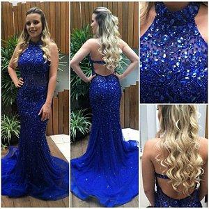 Vestido Azul Com Calda Bordado Em Pedraria K 9puy8v6ym