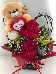 Rosas e Urso
