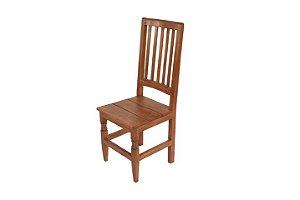 Cadeira Ripada com Pés Diamante em Vinhático