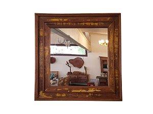 Espelho Quadrado Patinado Amarelo em Madeira de Demolição