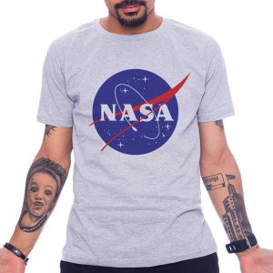CAMISETA NASA CINZA