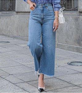 Calça Jeans Pantacour Bebela