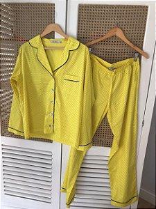 Pijama Amarelo e Poa