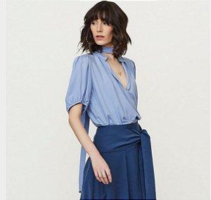 Blusa de Crepe Azul Raizz
