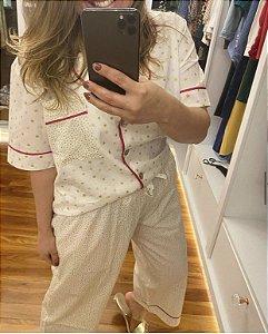 Pijama Estrelinhas Modelo Pantacour