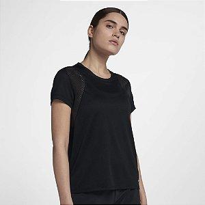 Camiseta Nike Run Feminina 890353-010