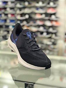 Tênis Nike Zoom Winflo 6 Masculino - Preto e Cinza AQ7497-009