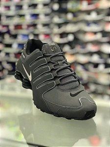 Tênis Nike Shox Nz Eu Masculino 378341-059