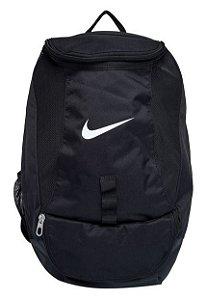 Mochila Nike Club Team Swoosh Backpack Preta BA5190-010