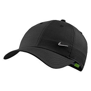 Boné Nike Aba Curva H86 Metal Swoosh - Preto 943092-010
