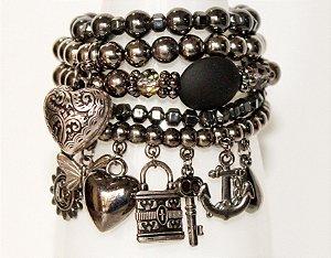 Mix de pulseiras preto
