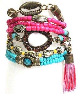 Mix de pulseiras com pingentes