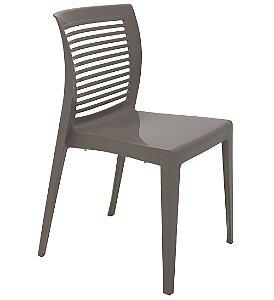 Cadeira em Polipropileno Encosto Vazado Summa Tramontina Marrom 83 Cm