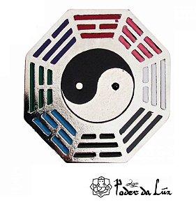 Baguá do Céu Posterior Yin Yang em Metal Colorido 4,5cm
