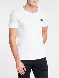 Calvin Klein Jeans Camiseta Basic Gola V Branco TC830