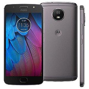 Smartphone Motorola Moto G5s XT1792 Platinum com 32GB, Tela de 5.2'', Dual Chip, Android 7.1, 4G, Câmera 16MP, Processador Octa-Core e 2GB de RAM