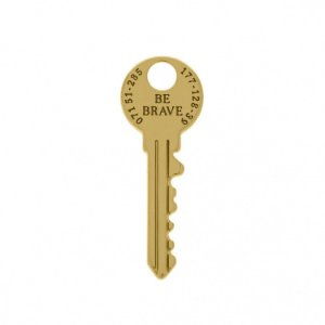 Pin Chave Be Brave - Banhado a Ouro
