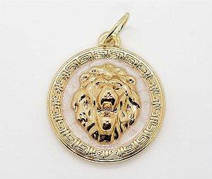 Pin Leão Versace Inspired Esmaltado - Banhado a Ouro