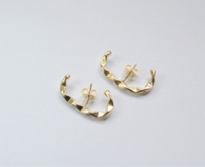 Brinco Mimme Ear Hook Martelado