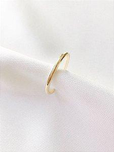 Piercing Fake em aro liso banhado a ouro