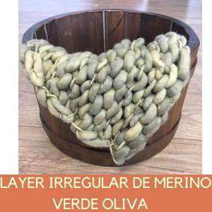 Layer Irregular de Merino Verde Oliva