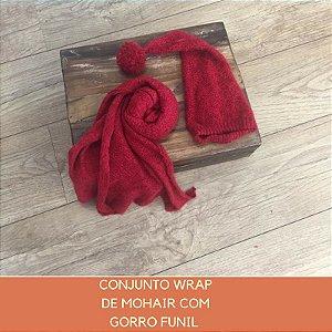 Wrap de Mohair Trabalhado com Gorro Vermelho