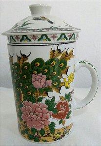 Caneca de Porcelana Decorada com Infusor - Pavão