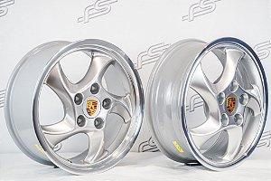 Jogo de Rodas Porsche Cup Duas Talas Aro 17 Prata / 5 Furos (5x130)