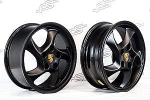 Jogo de Rodas Porsche Cup Duas Talas Aro 17 Preto Fosco / 5 Furos (5x130)