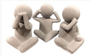 Trio de Escultura Bonecos da Sabedoria