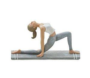 Estatueta Yoga Mulher Decorativa