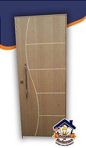 Porta Frisada Completa!!! Medidas 2.10x0,80 - Com Batentes 10cm, Fechadura, puxadores de Inox. Excelente Qualidade!!! *semi-oca - Uso Interno