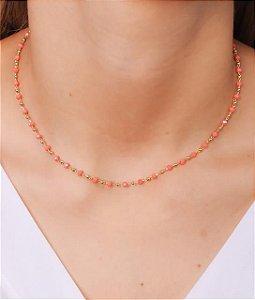 Choker com cristais pequenos na cor laranja