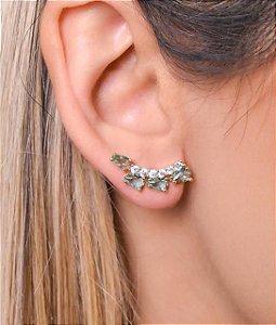 Ear cuff com zirconias em forma de gota