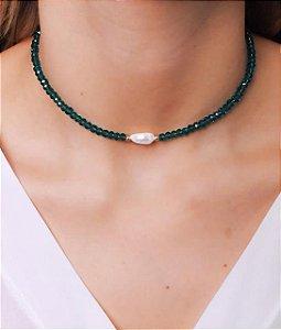 Choker todo de cristal com pérola de agua doce na cor verde esmeralda transparente