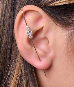 Ear Pin com 3 zirconias redondas