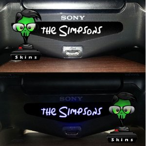 Adesivo Light Bar Controle PS4 The Simpsons Mod 02