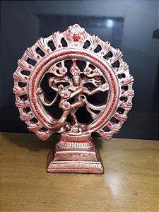 Shiva Nataraja cor cobre com adorno vermelho